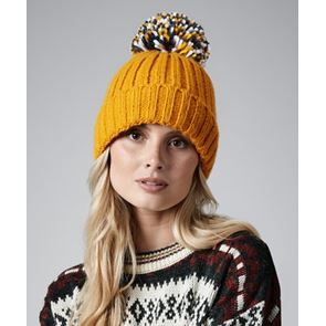 Hygge Beanie WITH BADGE